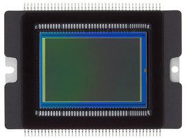 De afbeelding toont een CMOS sensor van Canon