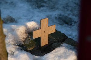 Kruisje voor een gesneuvelde kameraad