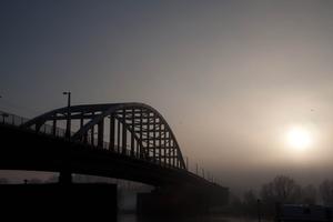 John Frost brug in winterig Arnhem