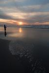 Zonsondergang West aan Zee met visser